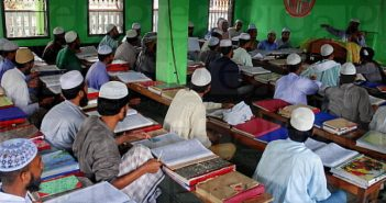 A class room in Hathajari Madrasa in Chittagong, Bangladesh July 31, 2006